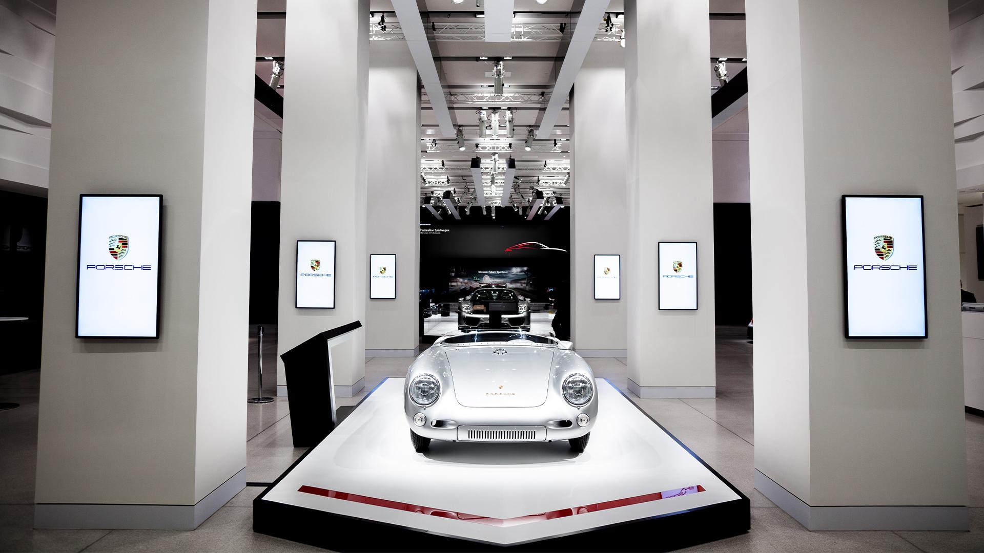LIGANOVA | Porsche | Brand Experience – DRIVE. Volkswagen Group Forum | Insights