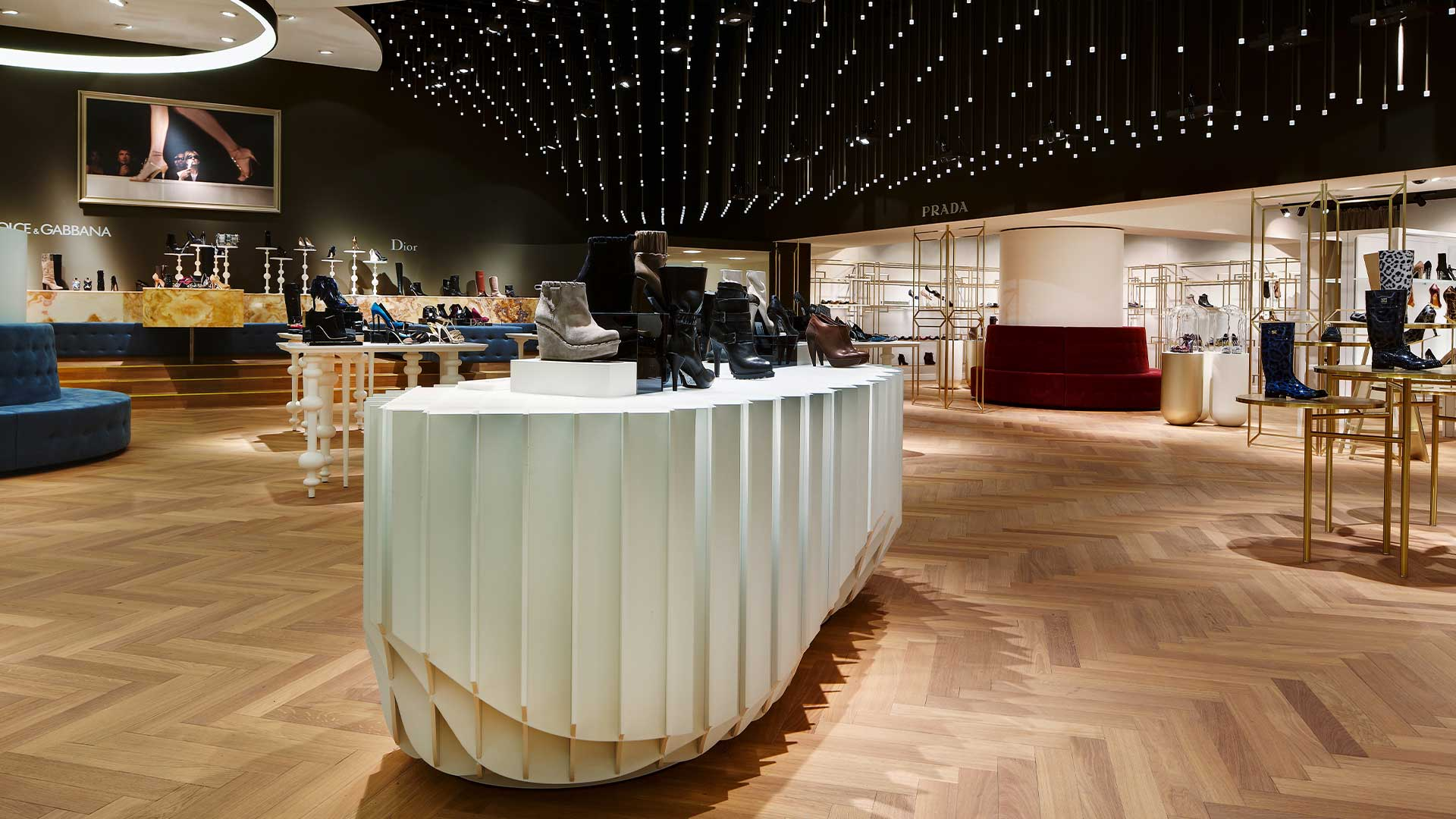LIGANOVA | Breuninger | Brand Experience – Shoe Salon
