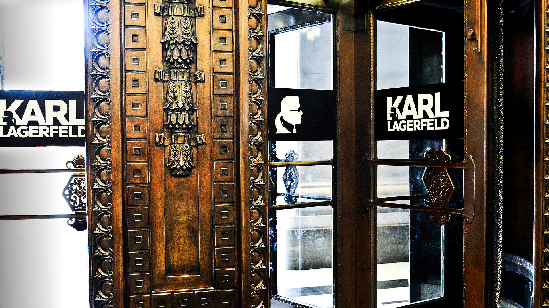 LIGANOVA | Karl Lagerfeld | POS Campaign – Special Window & Instore Installation | Insights