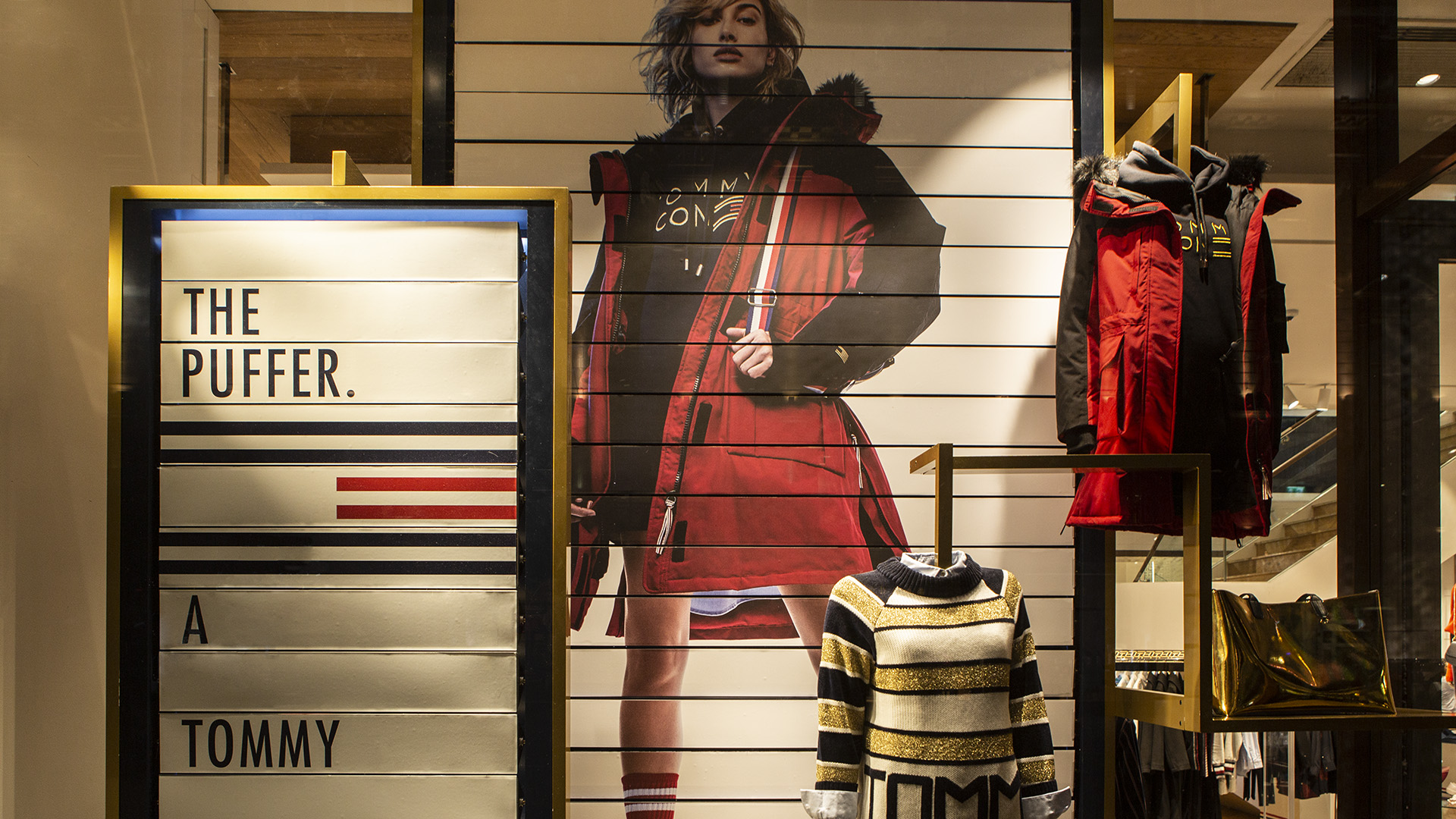 LIGANOVA | Tommy Hilfiger | POS Campaign – Icons Of Tomorrow | Insights