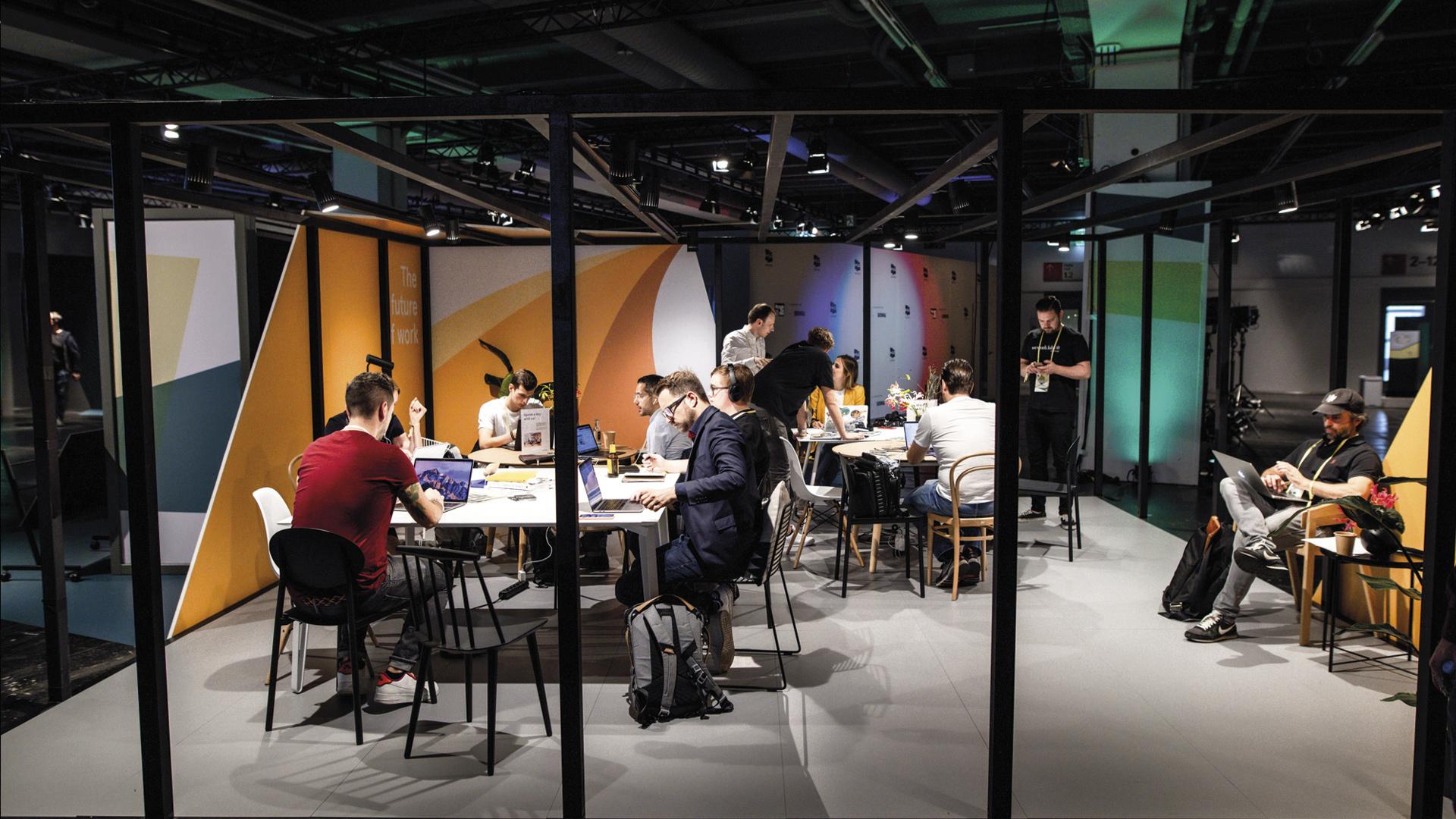 LIGANOVA | Daimler | Brand Experience – me Convention